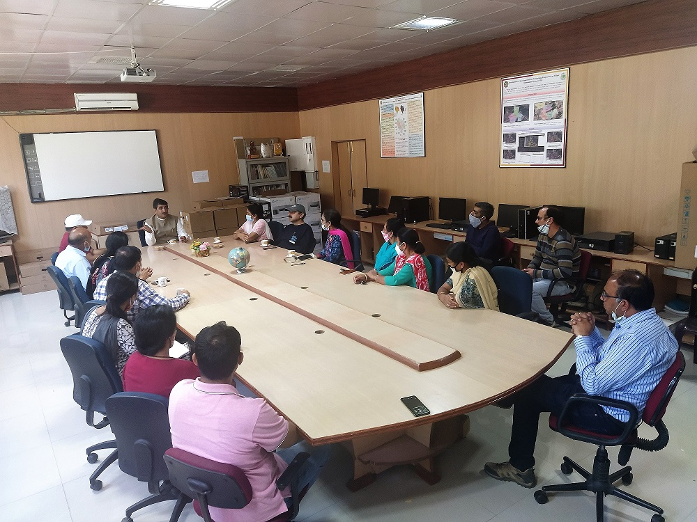Hon'ble_VC_ adress_college staff_08
